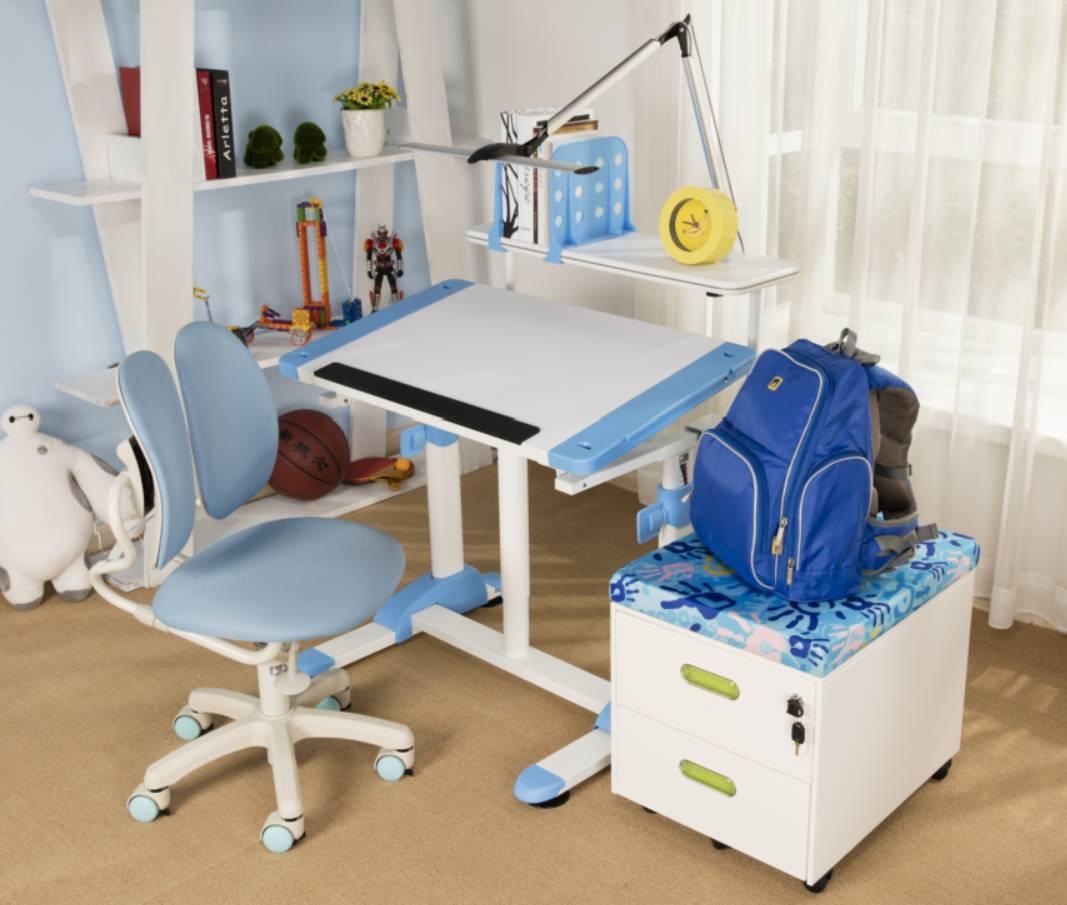 成人幼幼专区_开团啦 一款可以陪伴孩子成长的桌椅,从三岁到成人,它